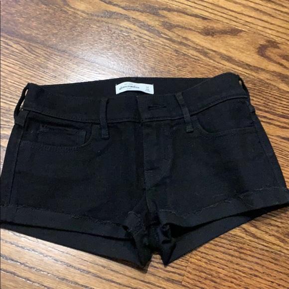 abercrombie kids Pants - Abercrombie black shorts!